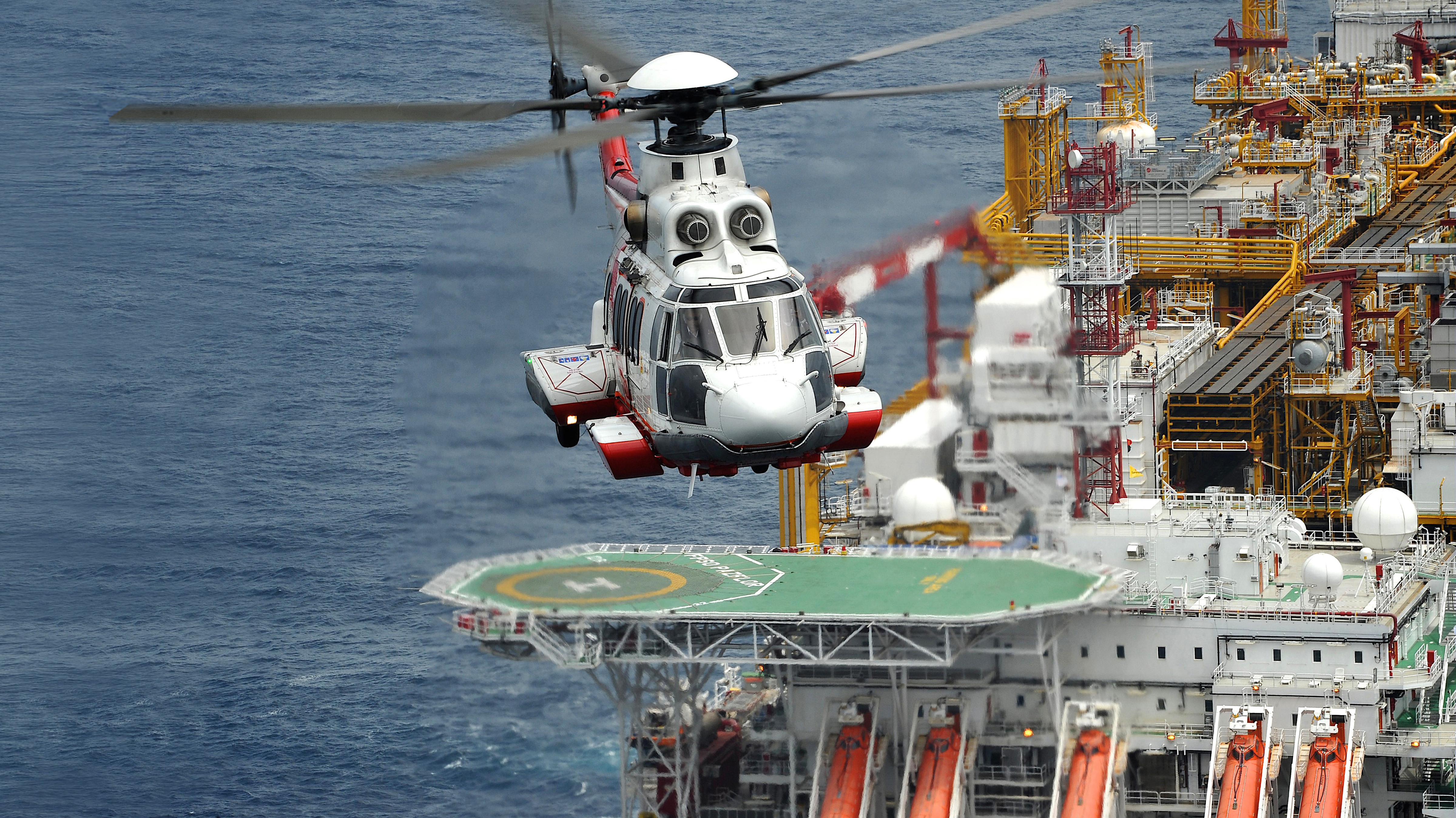 Airbus helicopter sea ocean platform aviation offshore
