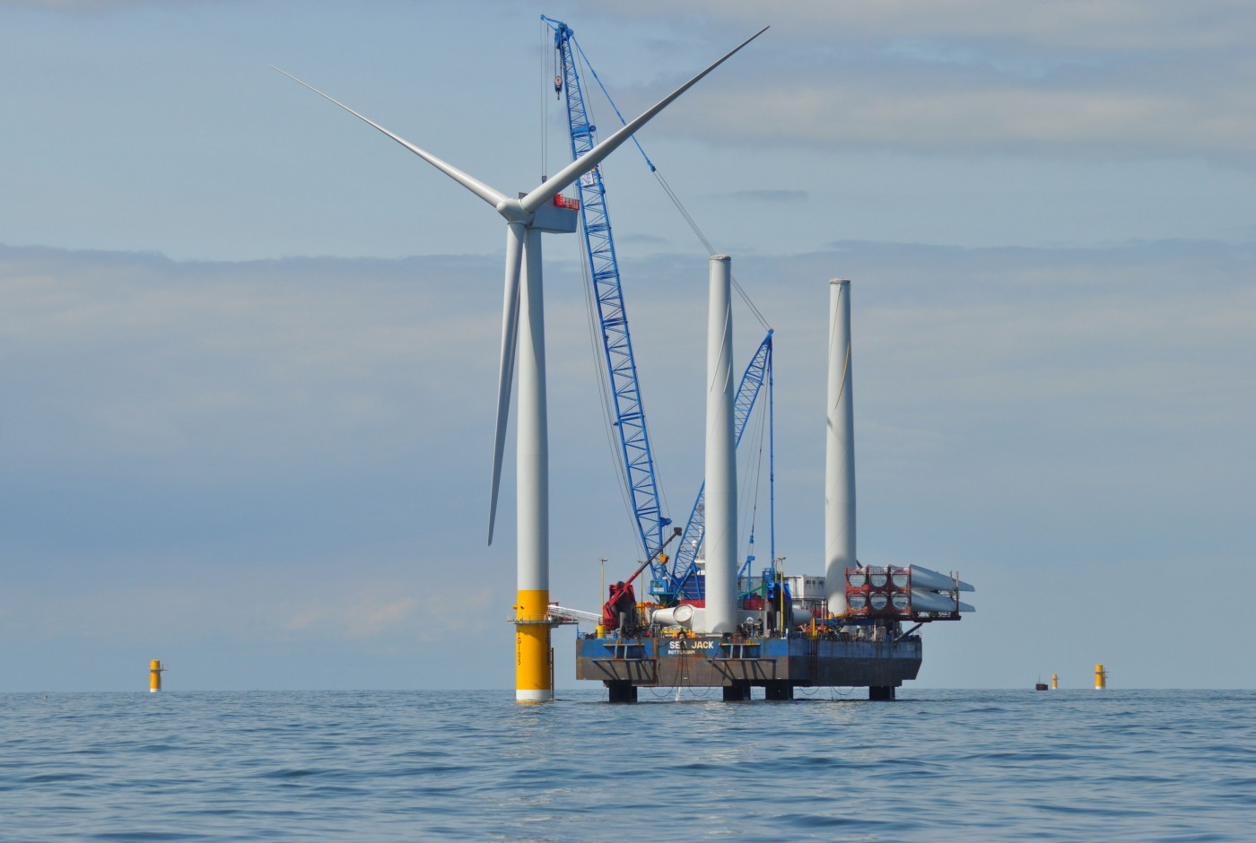 Greater Gabbard offshore wind farm Courtesy of SSE Credit chpv.co.uk SSE RWE