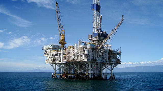 bigstock Offshore Oil Rig Drilling Plat 25284695