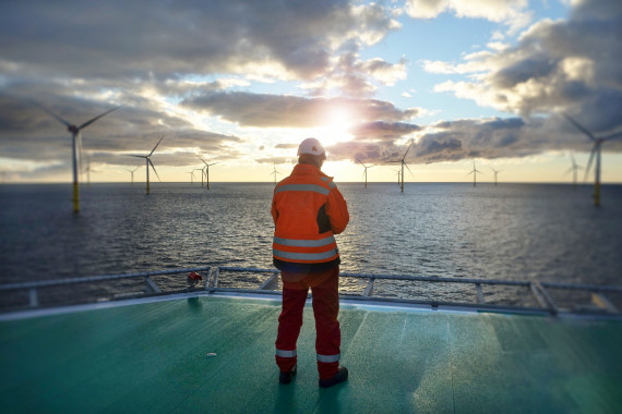 offshore wind worker